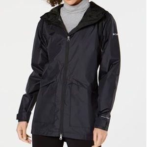 Columbia Omni Tech hooded raincoat